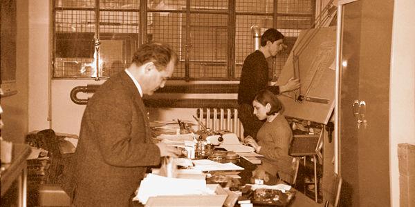 1966, l'ingénieur dans son premier bureau IGV à Milan